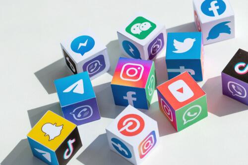Hvordan jobber vi med sosiale medier?